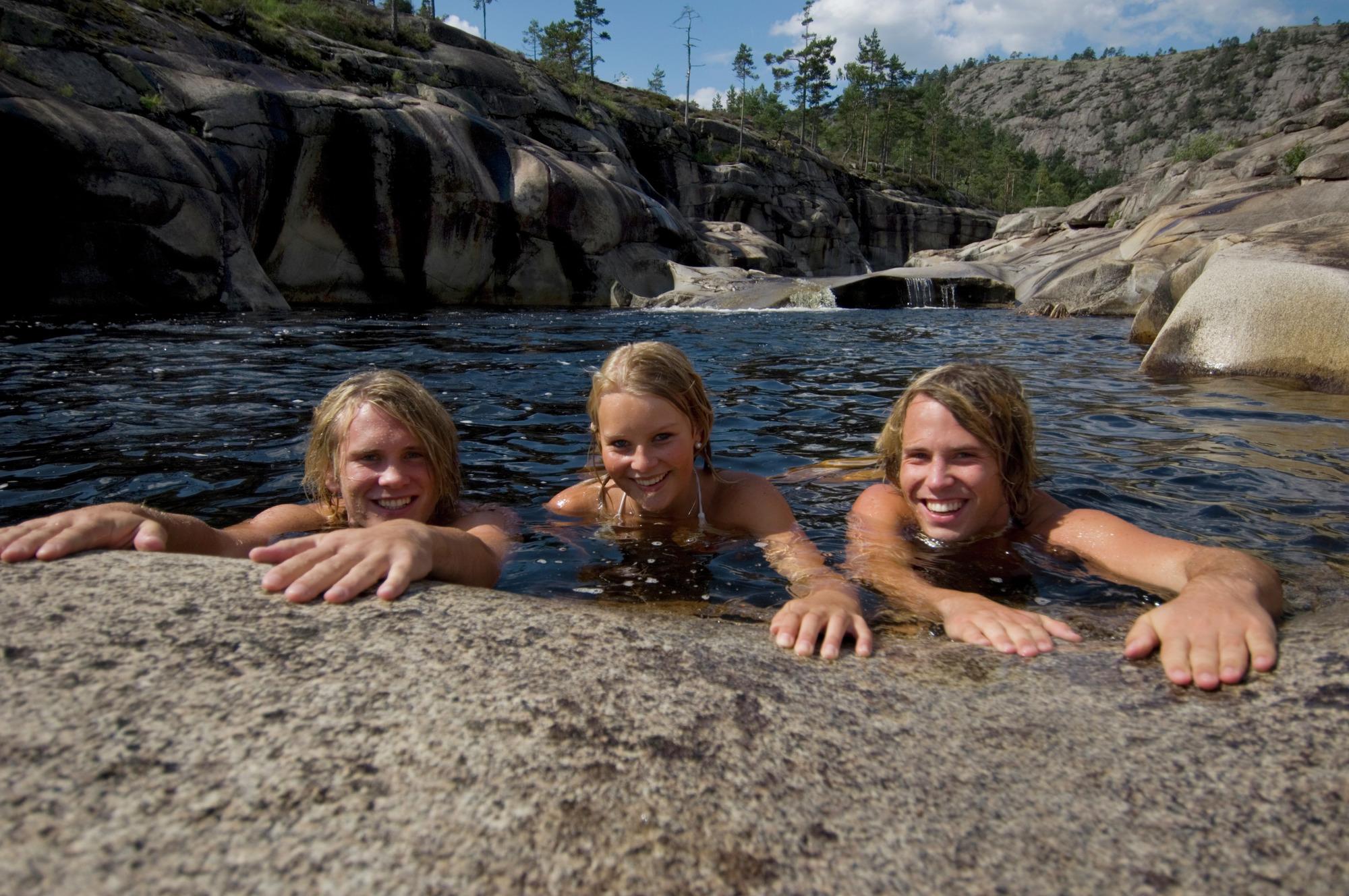 Bading i Jettegrytene i Telemark