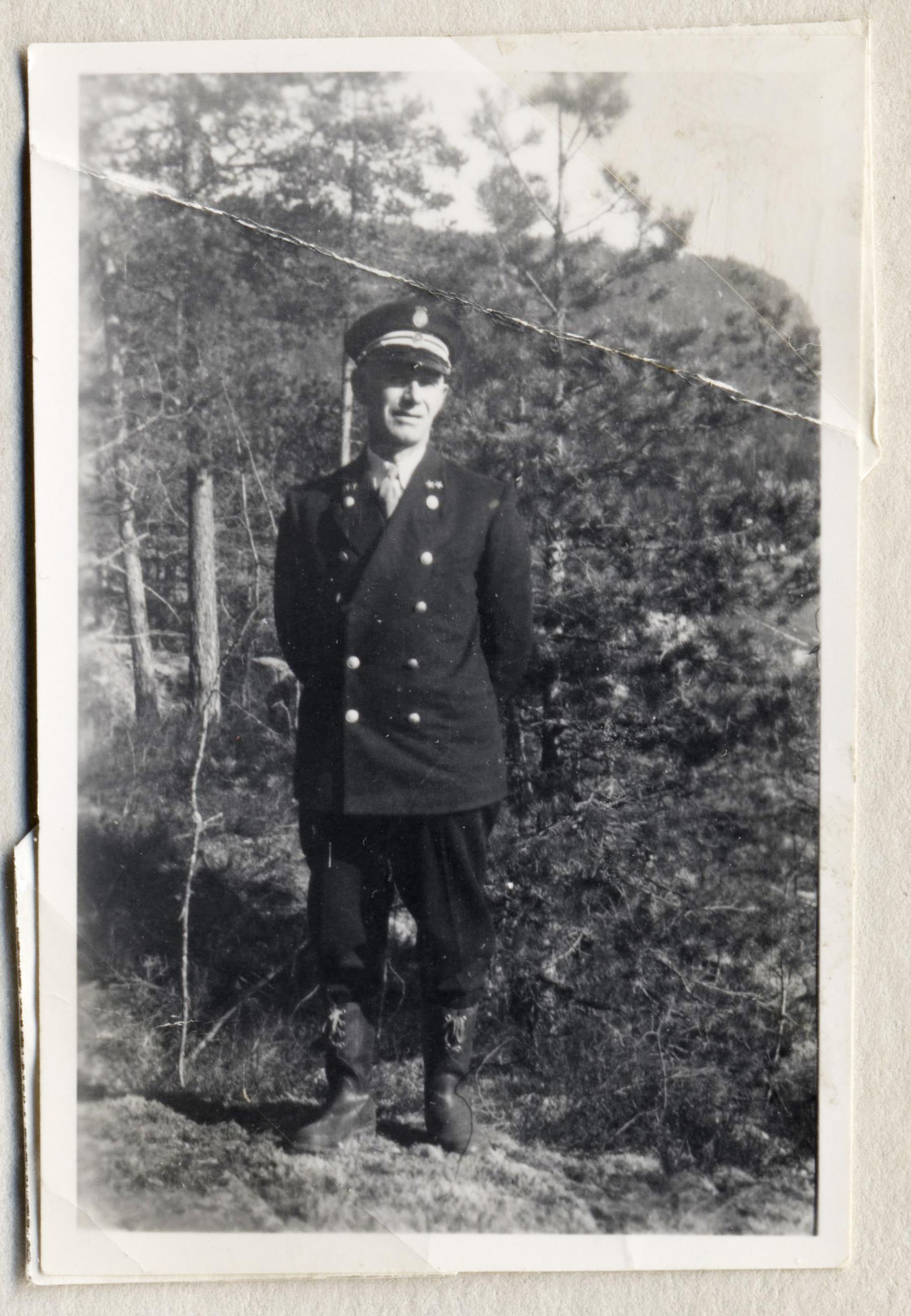 Gunnar Bjaadal var sluseformann i Vrangfoss. I perioden etter først verdenskrig ble mestertittelen erstattet av sluseformann.