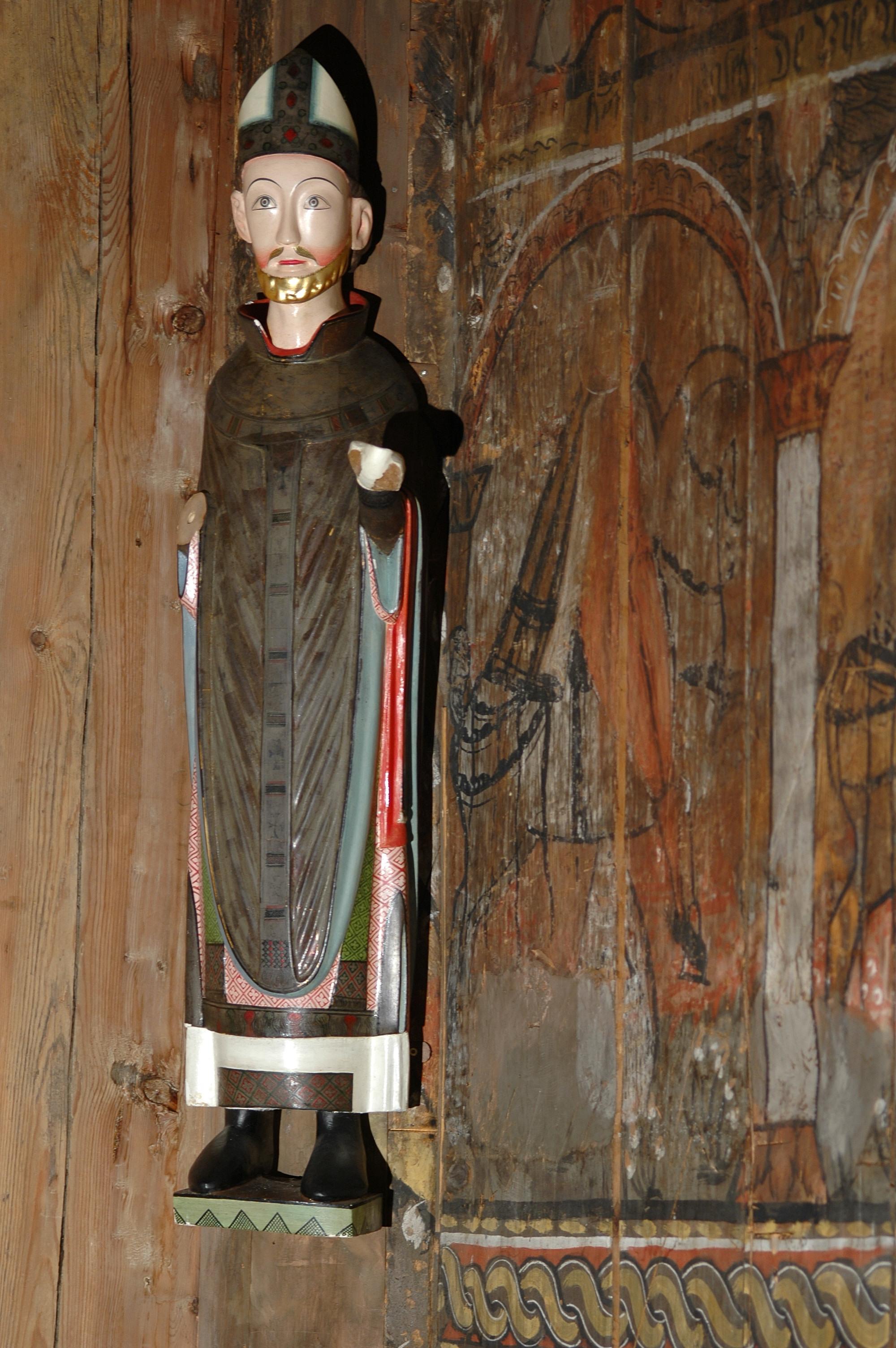 Helgen figuren, Sankt Nikolaus kan du sjå i Eidsborg stavkyrkje