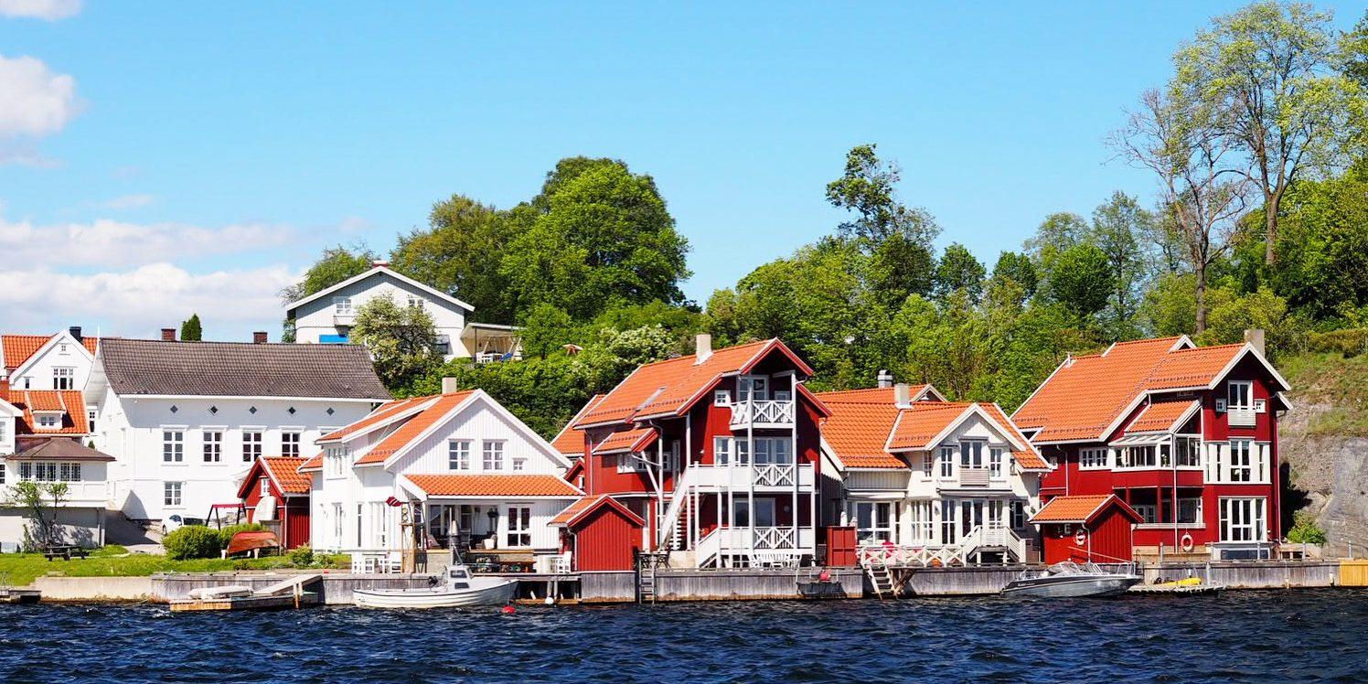 Den idylliske kystbyen Brevik