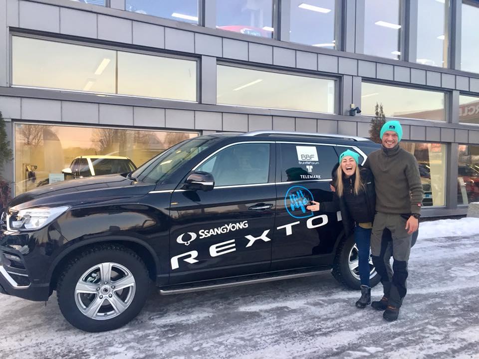 Stine og Kasper klare for å dra på vintereventyr i Telemark