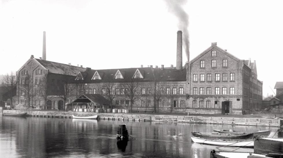 PP porselen Foto: Porsgrunn Bibliotek