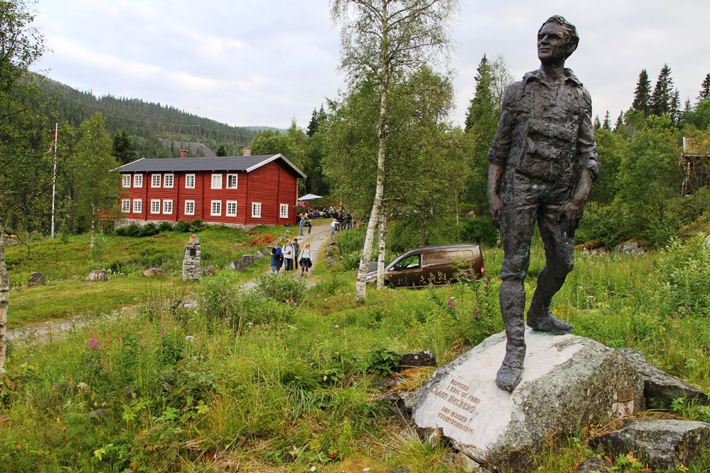 Helberg-statuen ved Krokan turisthytte Foto: Radio Rjukan