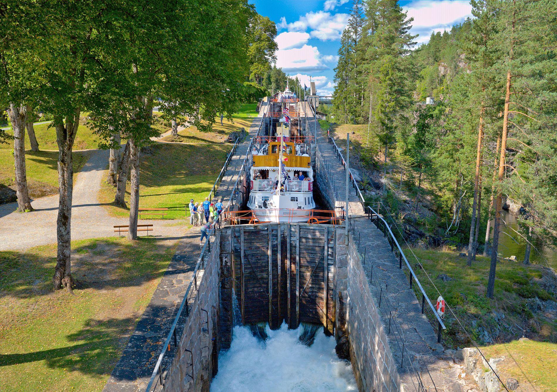 Slusetur på Telemarkskanalen