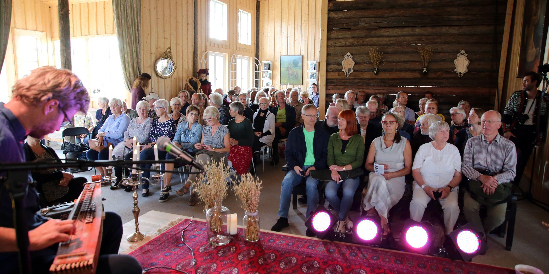 Telemarkfestivalen og Villa Lunde er gode samarbeidspartnarar. Her frå konsert i i 2018. Foto: Knut Utler