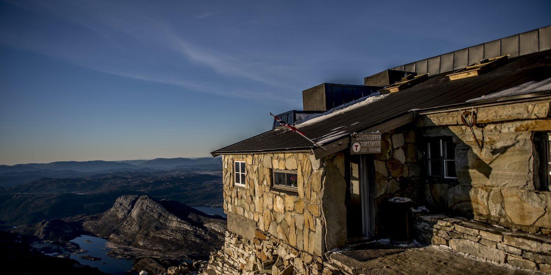 DNT hytta på Gaustatoppen