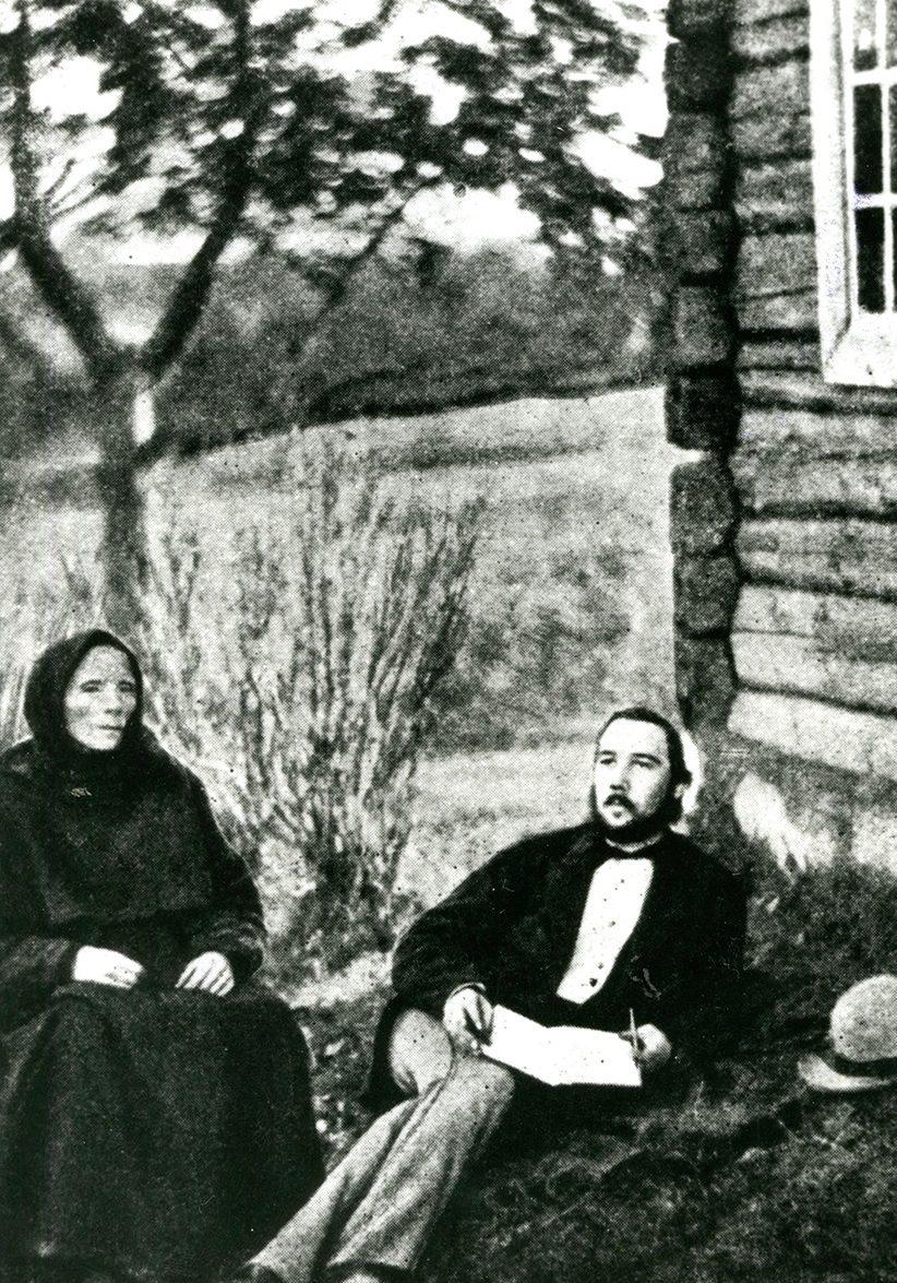 Liv Bratterud (1826-1892) syng ballader (men diverre ikkje Draumkvedet, så vidt me veit) for Moltke Moe i 1880. Foto: Halvor Skogen, Bø