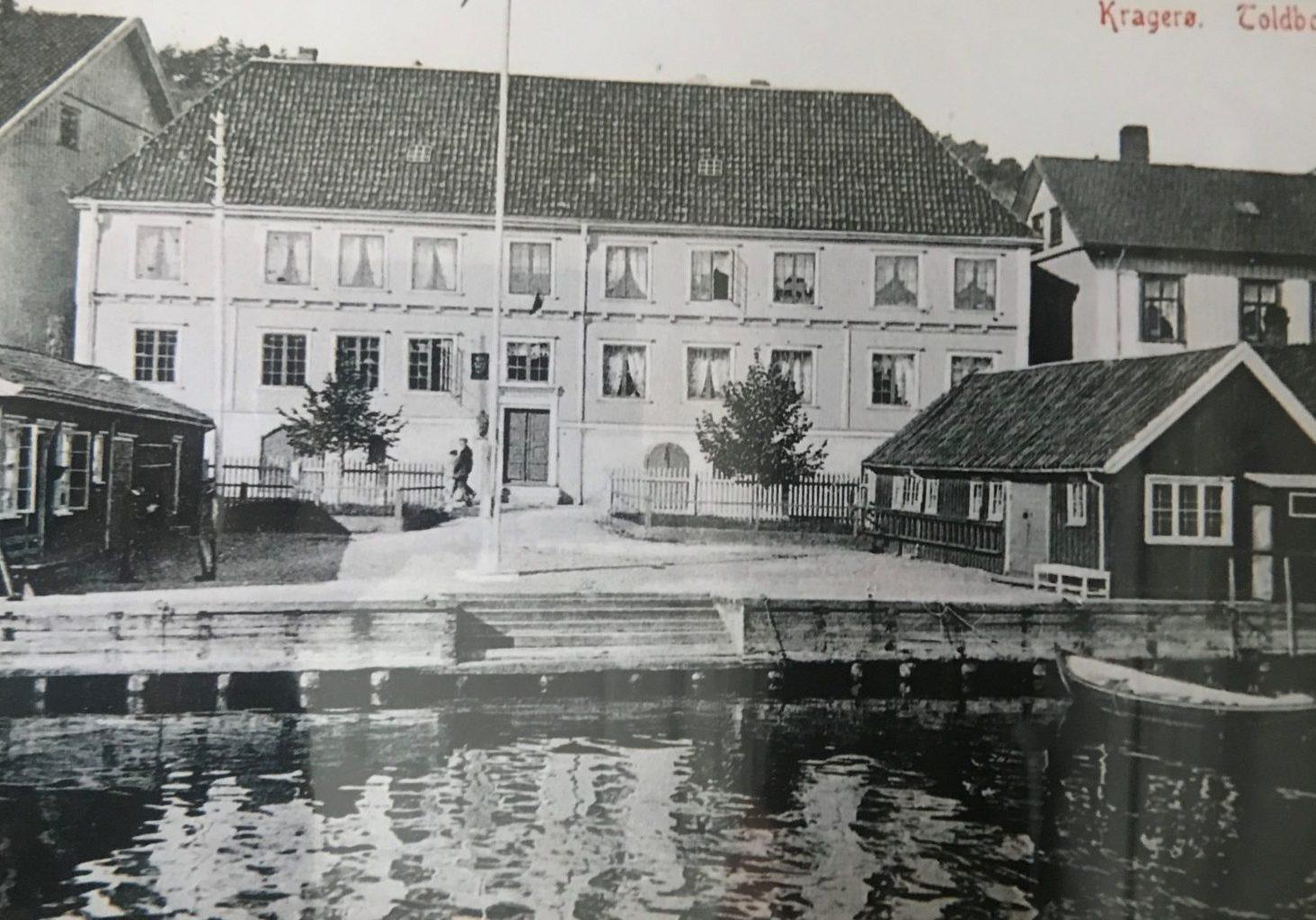 Postkort fra Tollboden. Kragerø (1910) Foto: Telemark Museum